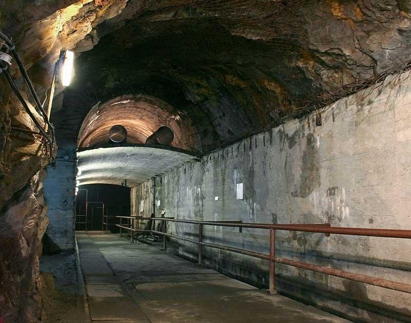 Riese Projesi: Polonya'daki Gizli Nazi Tünelleri